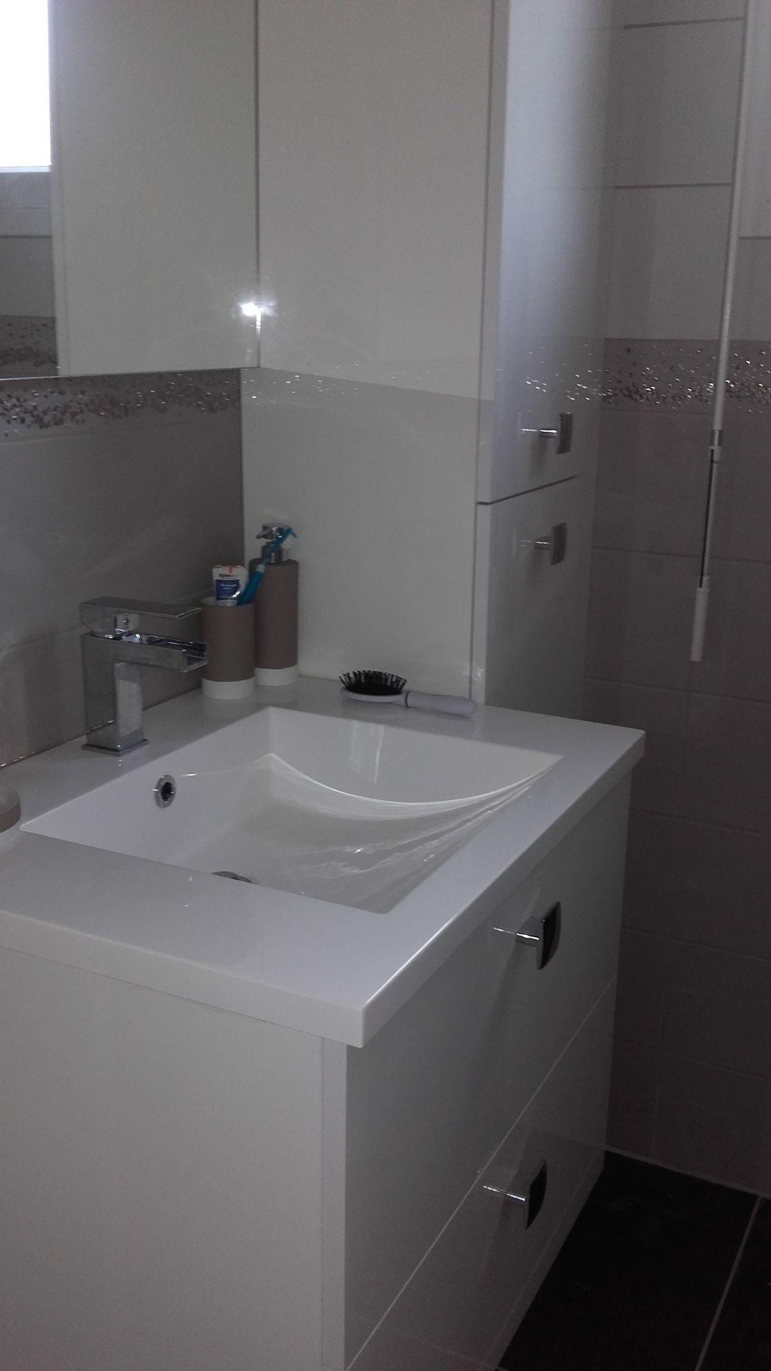 Salle de bain terminée 1